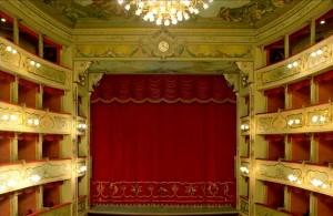 Il palcoscenico del Teatro Asioli